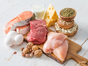 Selection of protein sources in kitchen